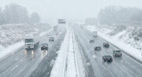 Autobahn Schnee St 480