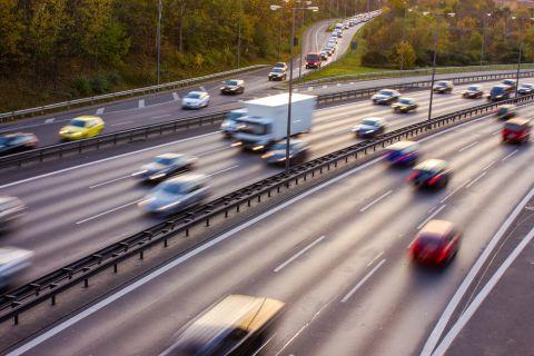 Autobahn Shutterstock 480x