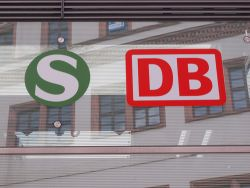 Deutsche Bahn Claudio Divizia Shutterstock
