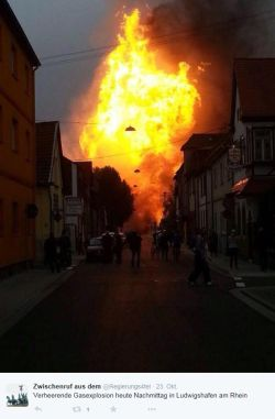 Explosion 250x