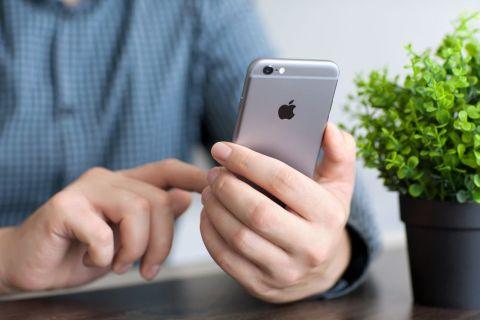 Iphone Denys Prykhodov Shutterstoc 480x