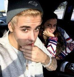 Justin Bieber Facebook 240x247x