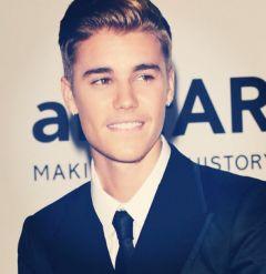 Justin Bieber Instagram 240x