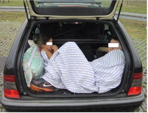 Kofferraum Polizei 480x