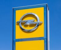 Opel Fotografff Shutterstock 200x