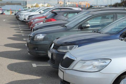 Parkplatz Shutterstock 480x