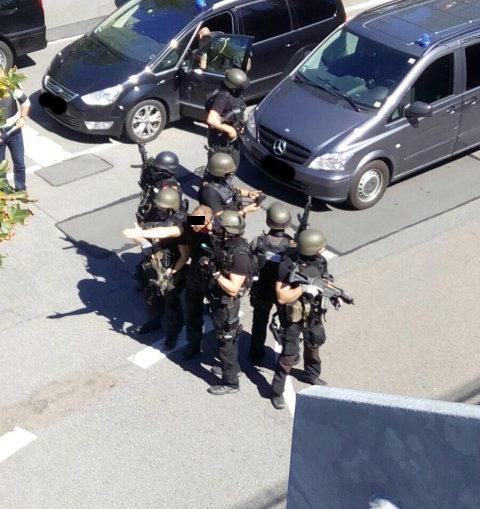 Polizei 13