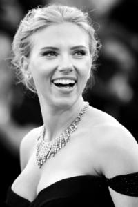 Scarlettjoh Andrea Raffin Shutterstockcom Shutterstock 185824847