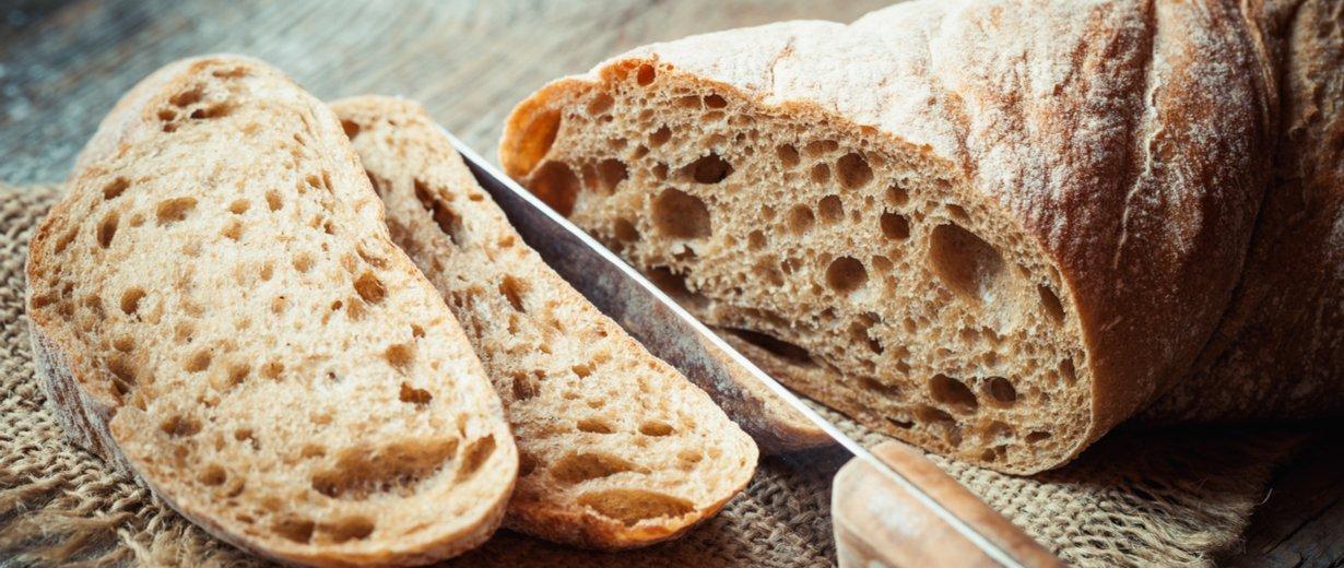 Sellerie Trick Für Frisches Brot So Bleibt Es Knackig Rpr1