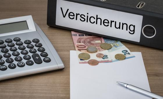 Versicherungsunterlagen_CONTENT_Kunertus/Shutterstock.com.jpg