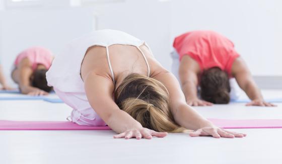 Stretching_CONTENT_Photographee.eu/Shutterstock.jpg