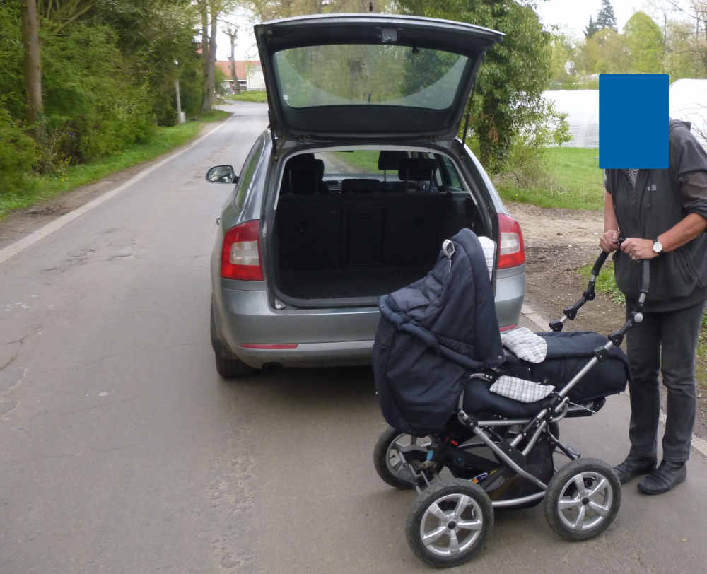 Screenshot Kinderwagen_HEADER_Kreispolizeibehörde Herford.jpg