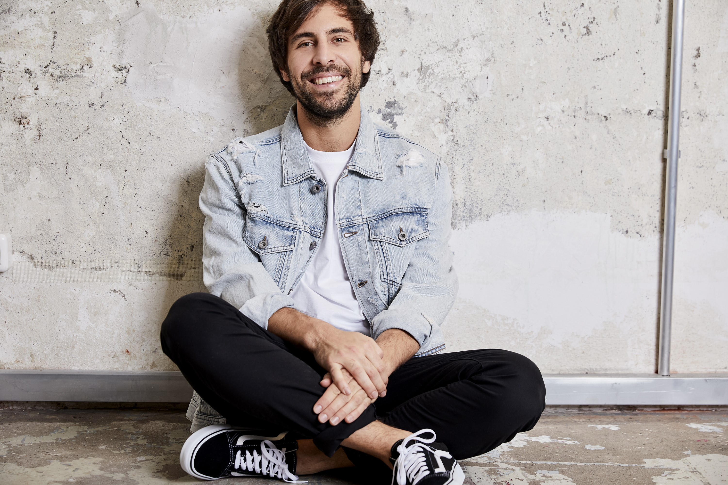 Max Giesinger_Content_About You GmbH.jpg