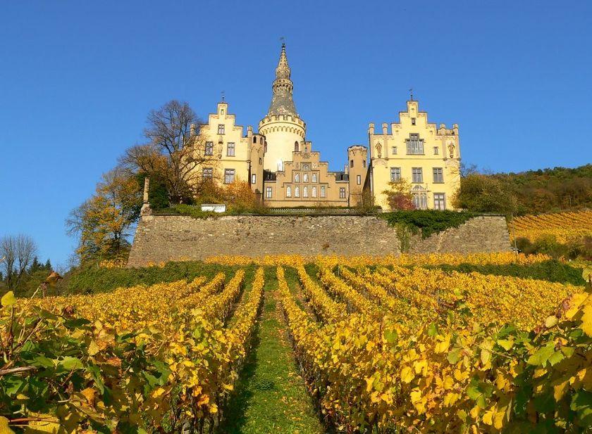 Schloss Arenfels_badhoenningen.jpg