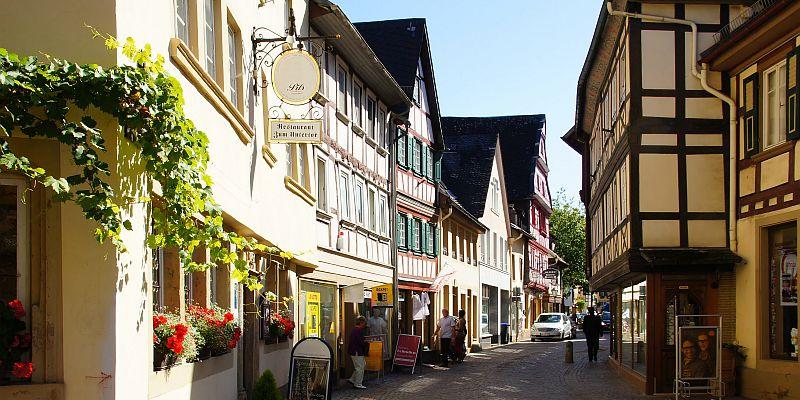 meisenheim_picture alliance-chromorange.jpg